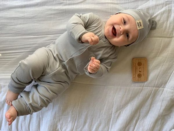 Organic Cotton Beanie and bodysuit grey